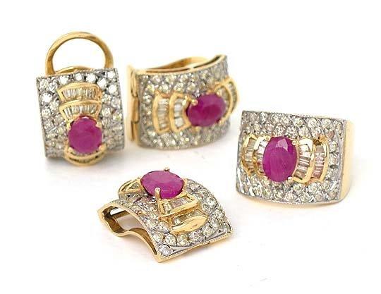 SET OF 14K GOLD DIAMONDS & RUBIES RING PENDANT EARRINGS