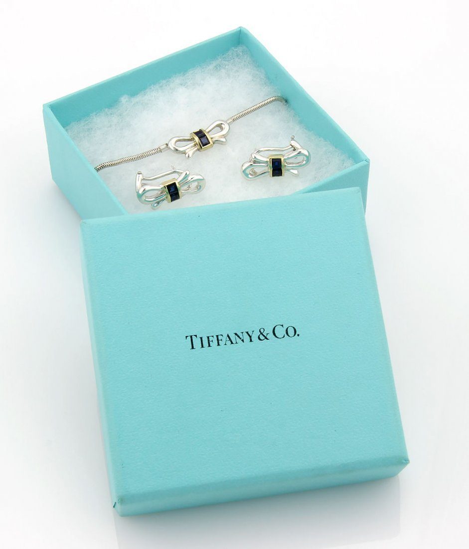 TIFFANY & CO. STERLING SILVER & 18K YG SAPPHIRE BOW TIE