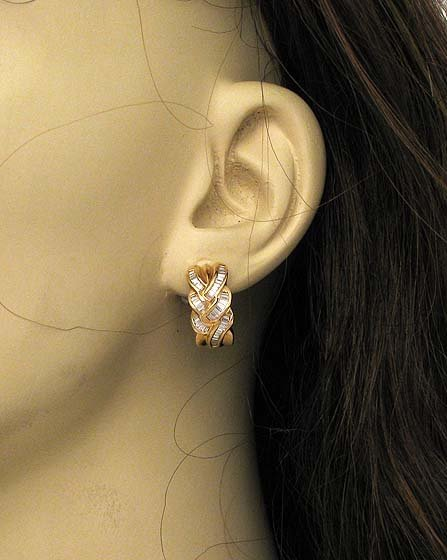 ELEGANT 14K & 1.8 CTS DIAMONDS LADIES HUGGIE EARRINGS
