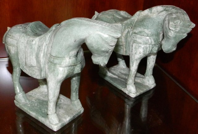 HAND CARVED JADE HORSES