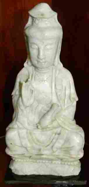 HAND CARVED JADE SITTING GUANYIN