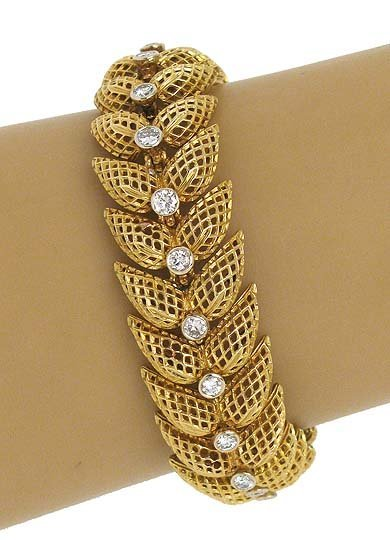 18K GOLD & 1.6 CARATS DIAMONDS FLORAL BRACELET
