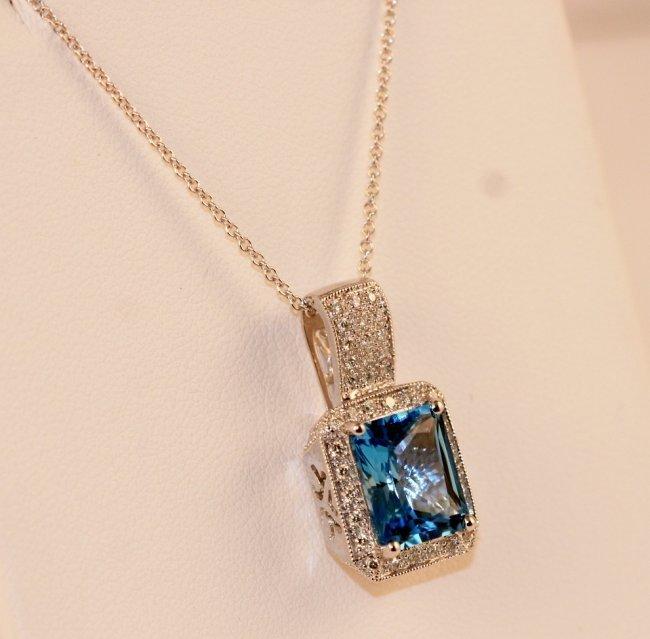 18K W/G DIAMOND AND BLUE TOPAZ NECKLACE