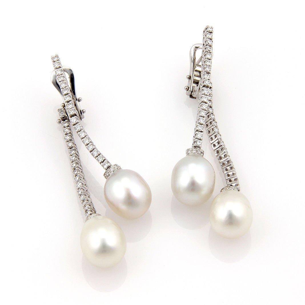 18K White Gold South Sea Pearl & Diamond Dangle Earring