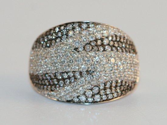 DESIGNER LADIES 14K W/G DIAMOND RING
