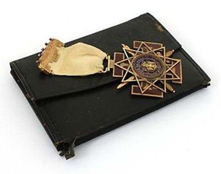 Vintage Masonic 14k Two Tone Gold & Enamel Ribbon 1932