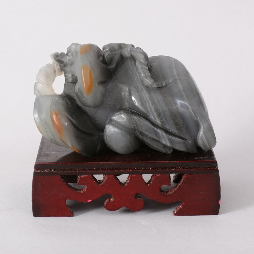 4095: CHINESE HETIAN Zi JADE CARVING OF SHEEP