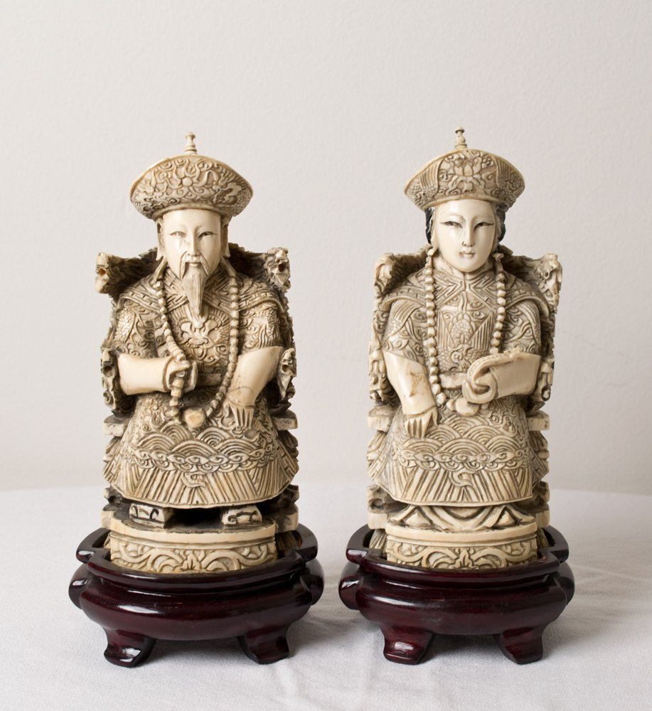 6374: PAIR OF CHINESE CARVED IVORY FIGURES