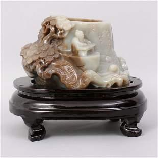 1081: VERY FINE CHINESE QING CARVED HETIAN JADE BRUSH P
