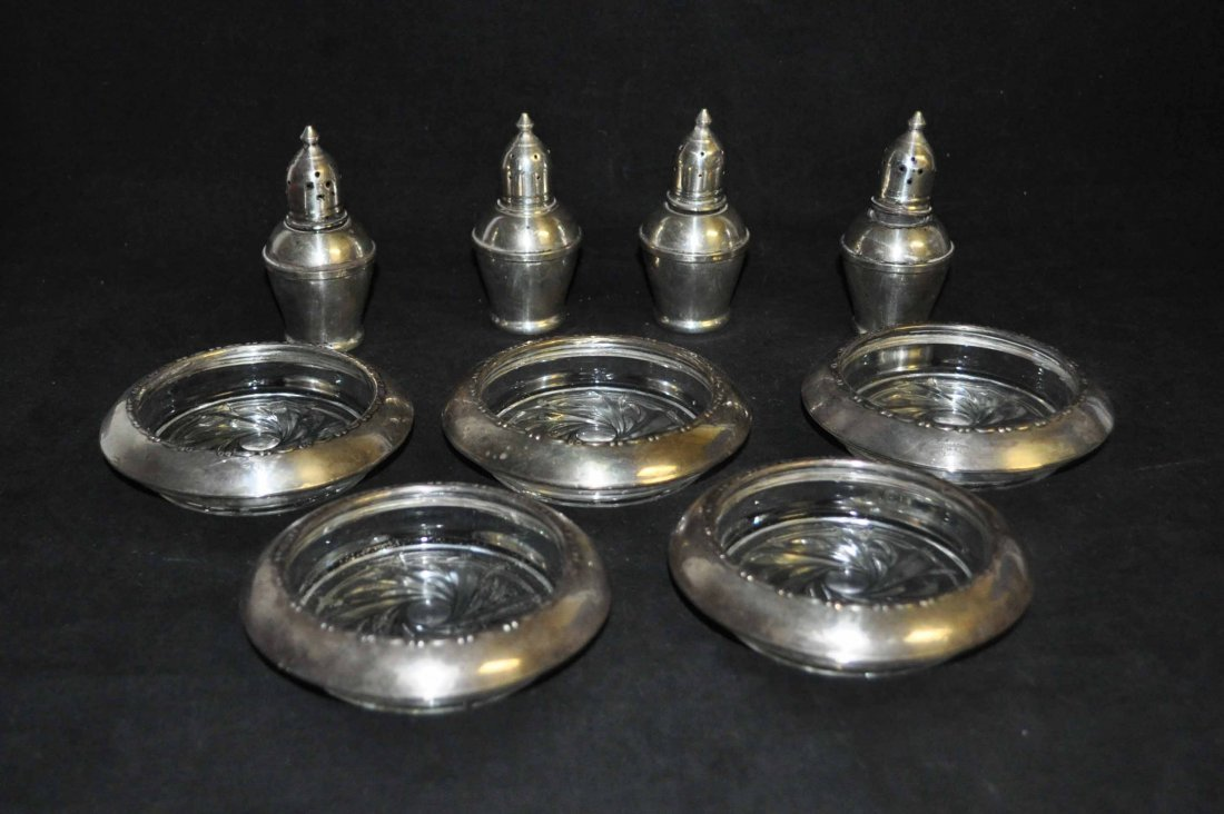 1: Sterling Glass Kitchen Ware Set