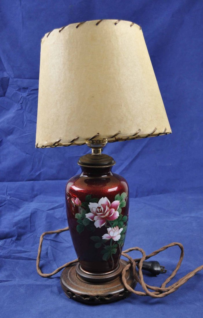 16: Japanese cloisonne made table lamp