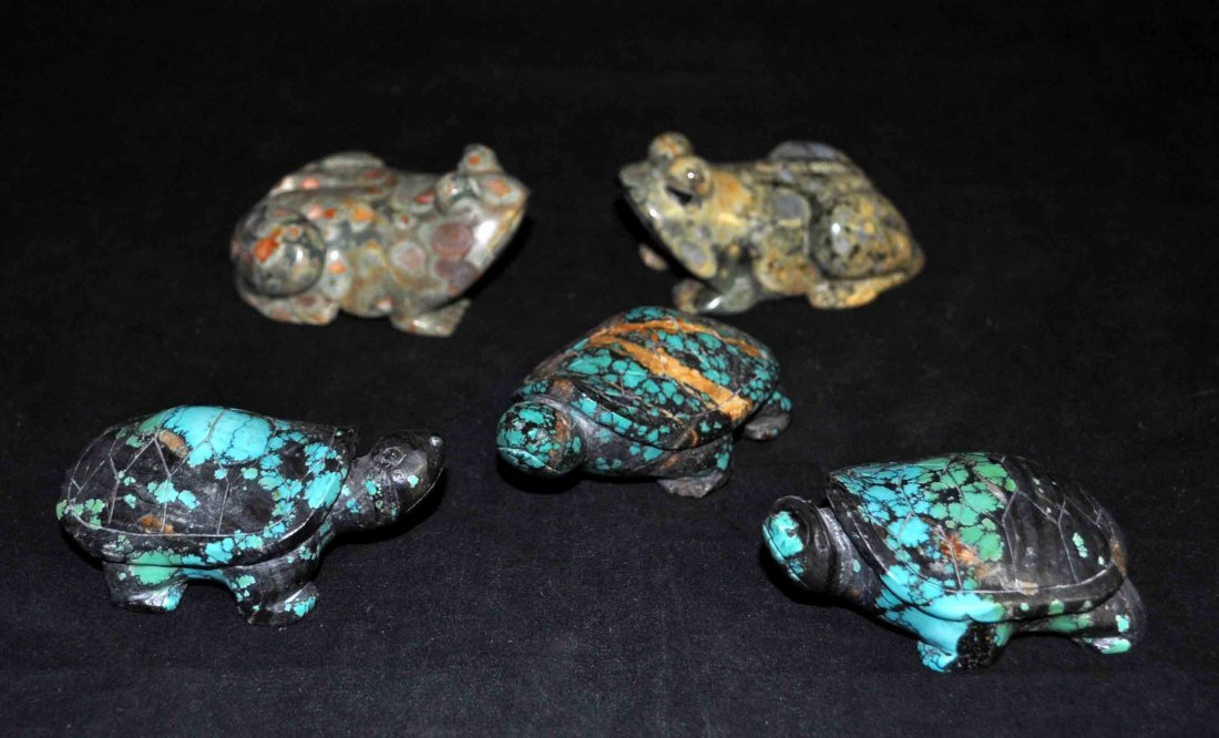23: 5 Chinese Carved Turquoise Turtles and Stone Frog