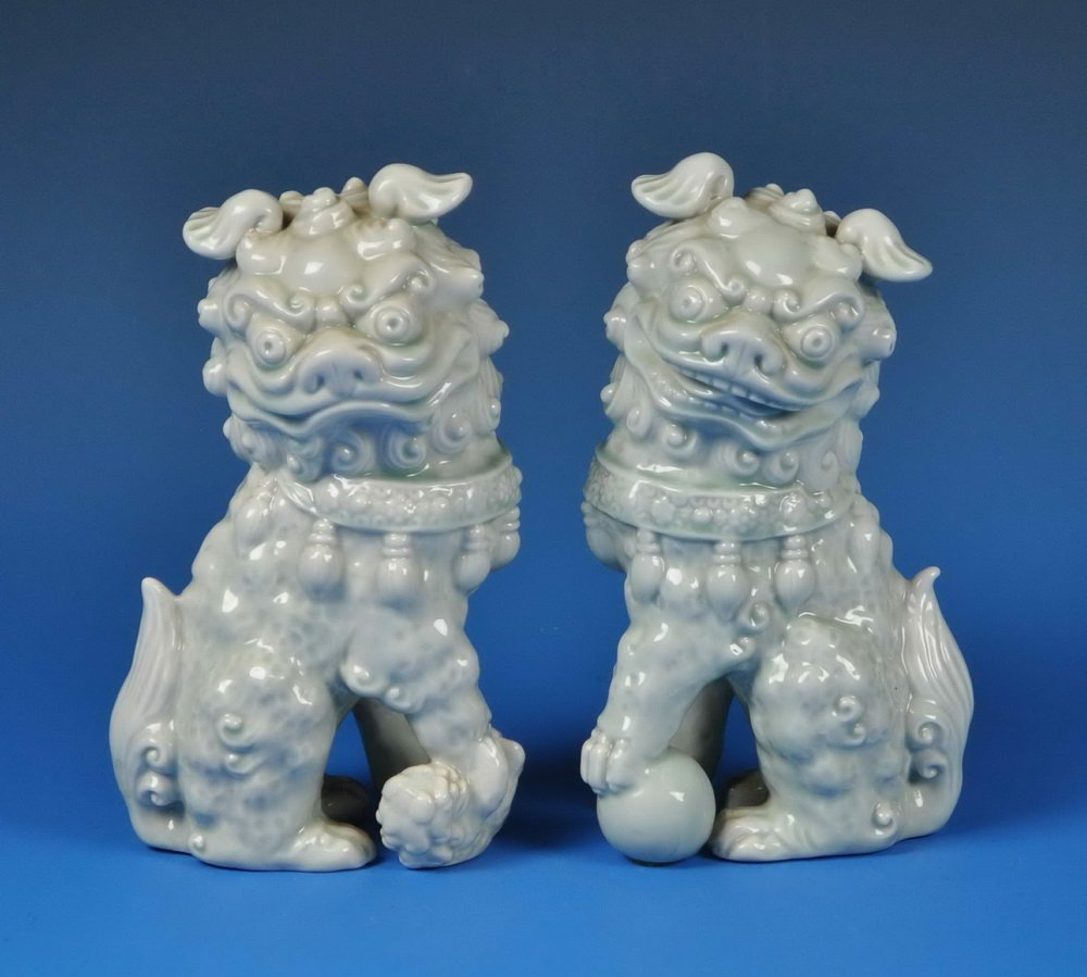 2 Chinese Porcelain Foo Dogs