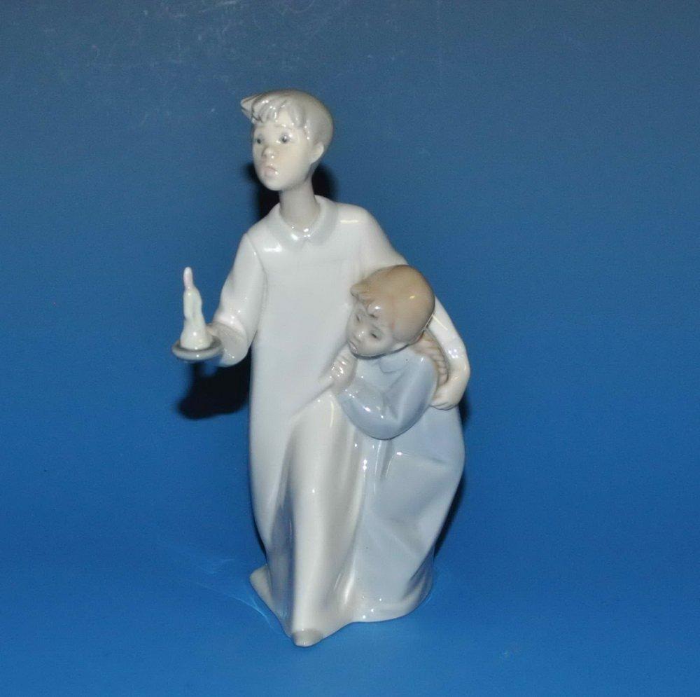 Lladro Porcelain Statue #A30M