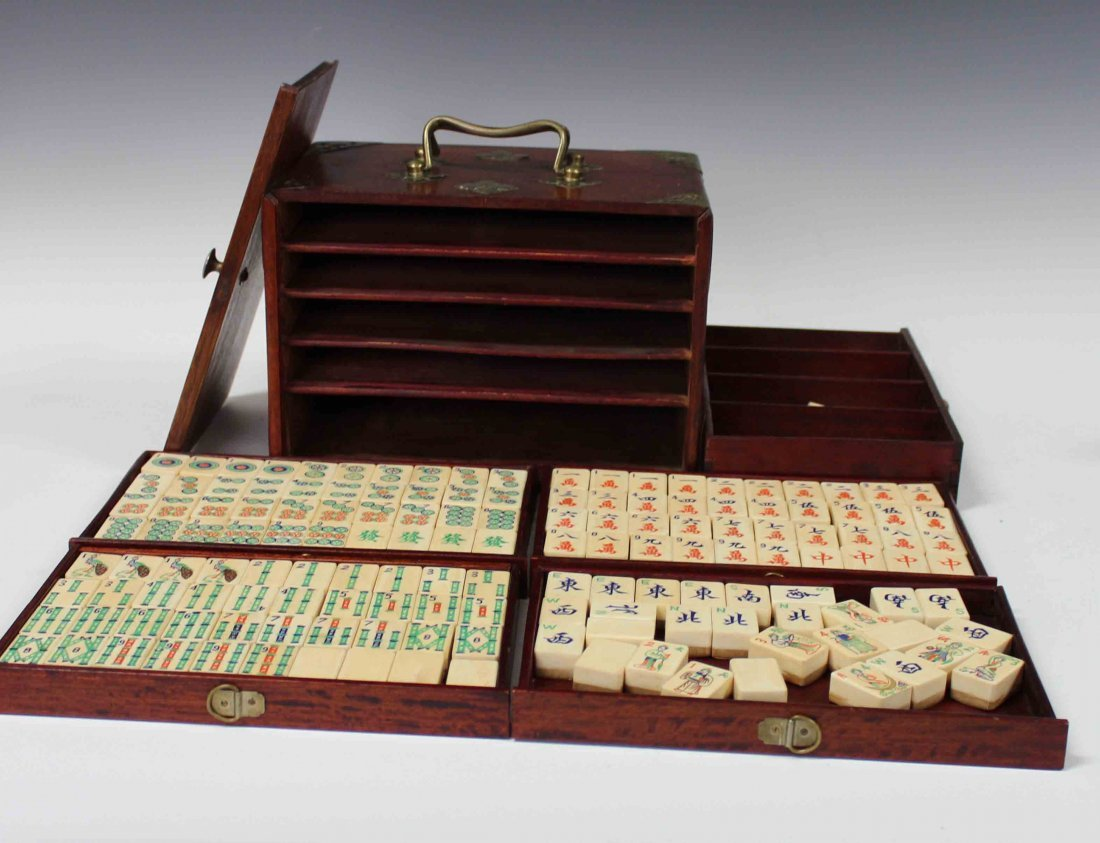 Chinese Carved Ivory Mahjong w Box