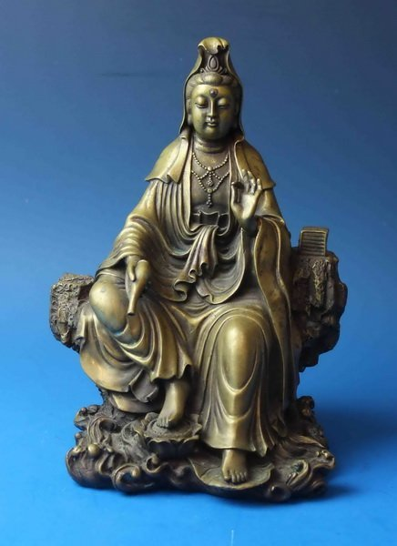 Chinese Bronze Statue Of Quanyin