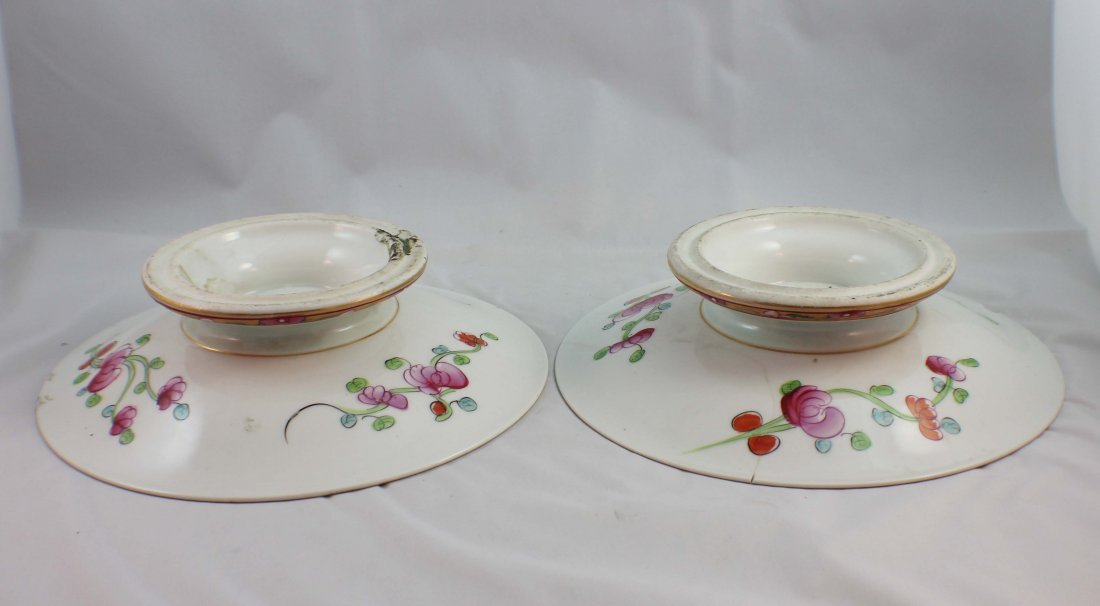 Pair Of Chinese Porcelain Plates - 6