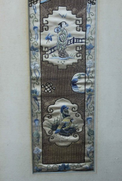 Pair of Chinese Embroidery - 4