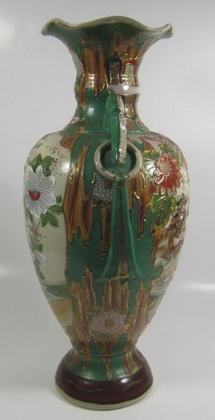 ANTIQUE JAPANESE SATSUMA VASE - 3