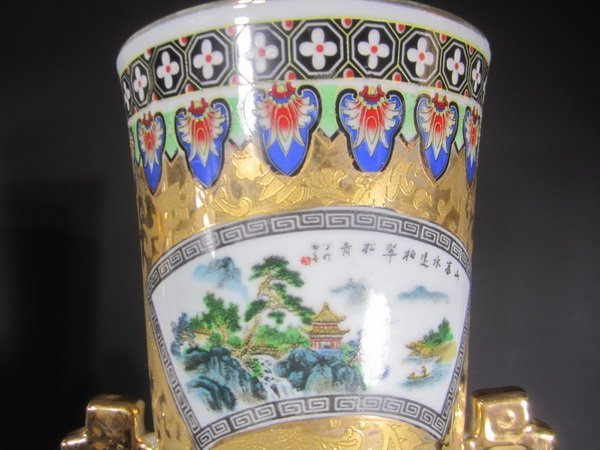 Pair Large Chinese Famille Rose Vases - 3