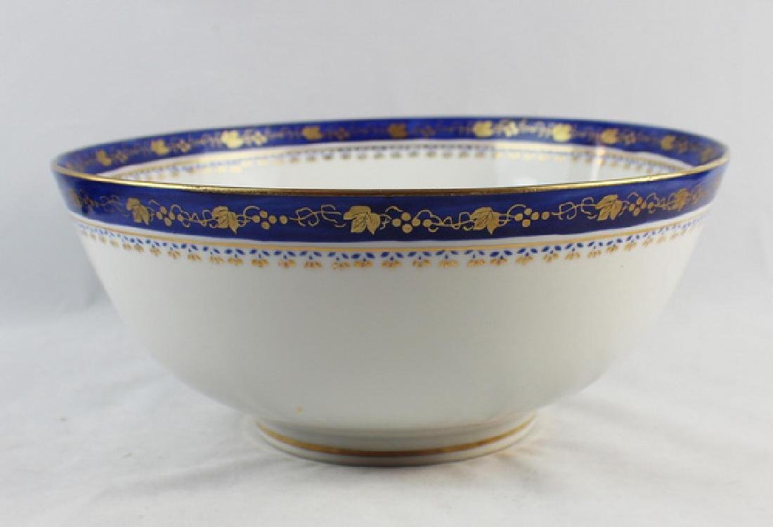 Chinese Export Porcelain Bowl - 3
