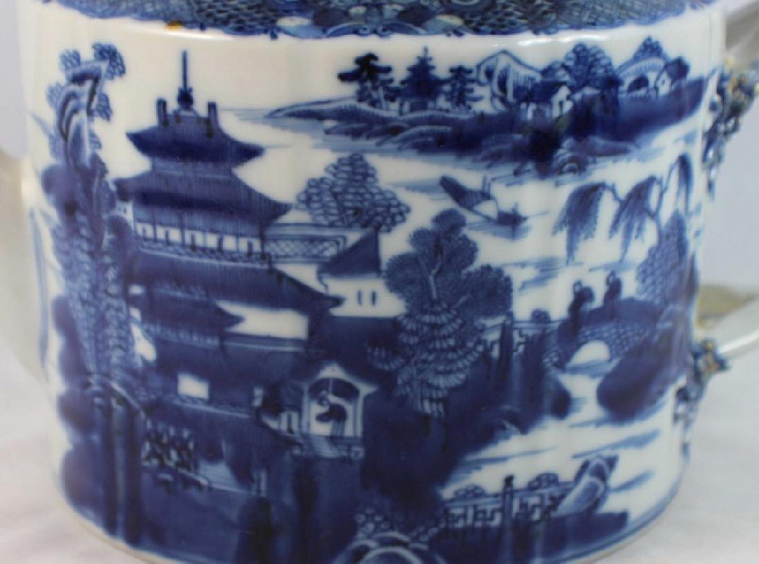 Antique Chinese Export Porcelain Tea Pot - 2