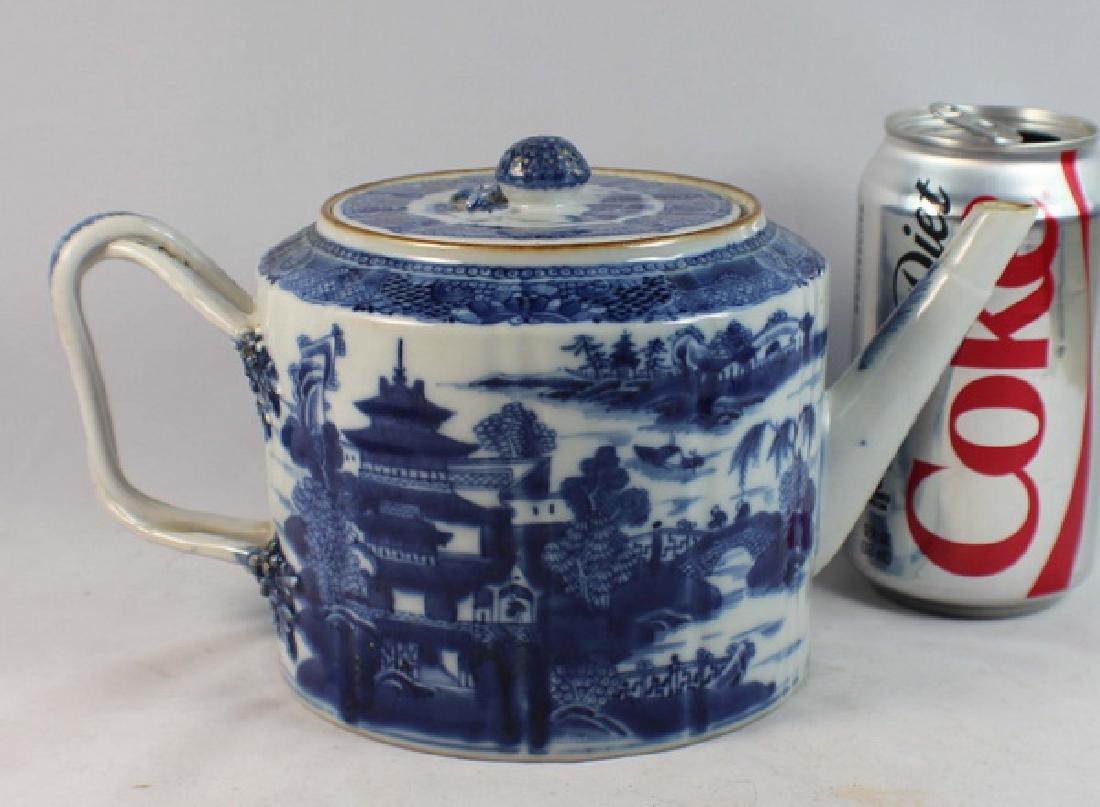 Antique Chinese Export Porcelain Tea Pot - 6
