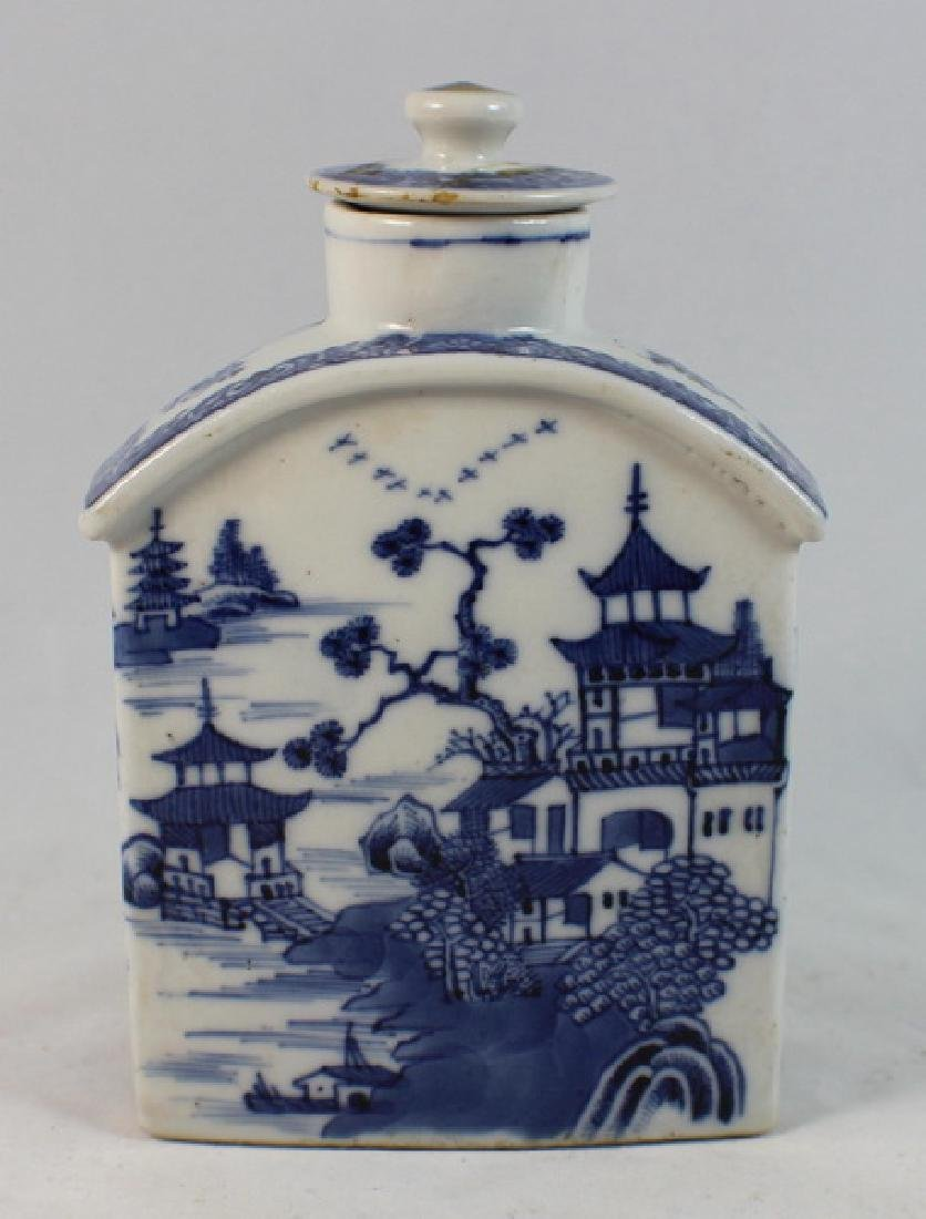 Antique Chinese Export Porcelain Teacaddy
