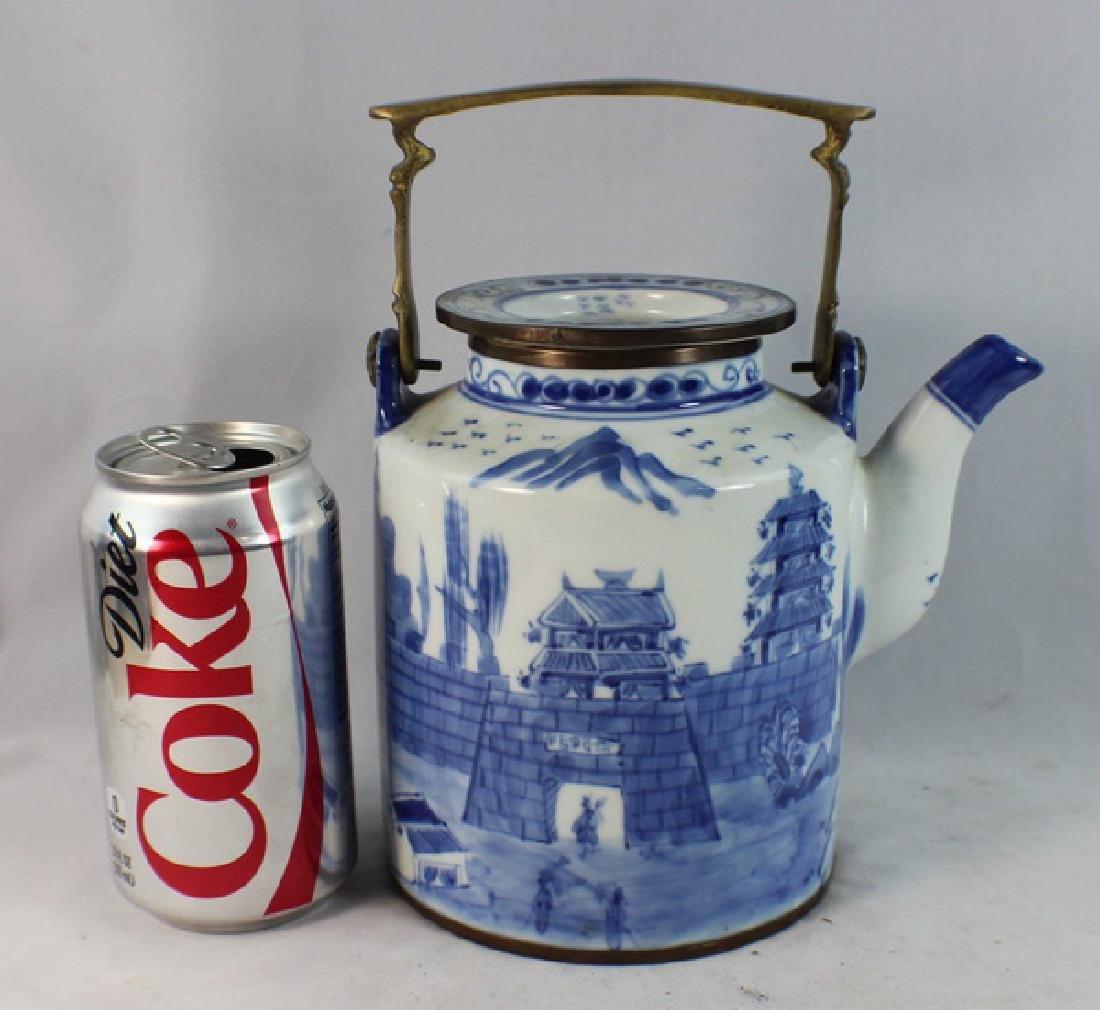 Antique Chinese Porcelain Tea Pot - 2