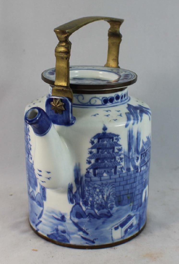 Antique Chinese Porcelain Tea Pot - 3