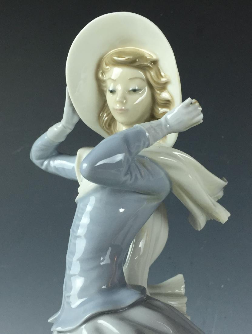 """14"""" Large Retired Lladro Porcelain #4936 Spring Breeze - 2"""
