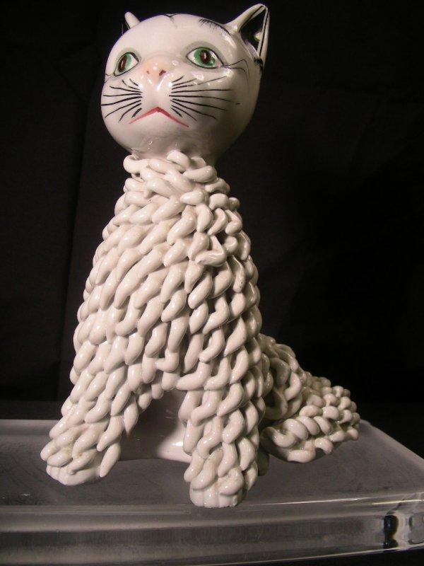 16: RETRO ITALIAN CURLY CERAMIC CAT FIGURINE