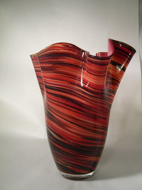 414: CONTEMPORARY FREE FORM STYLE  ART GLASS