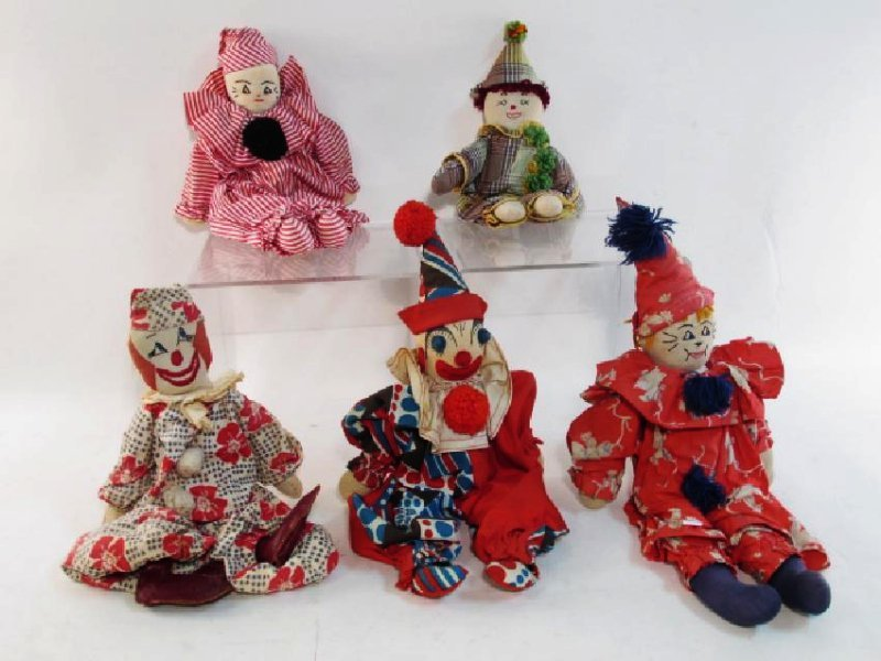FIVE VINTAGE CLOWN/JESTER PUPPETS/DOLLS