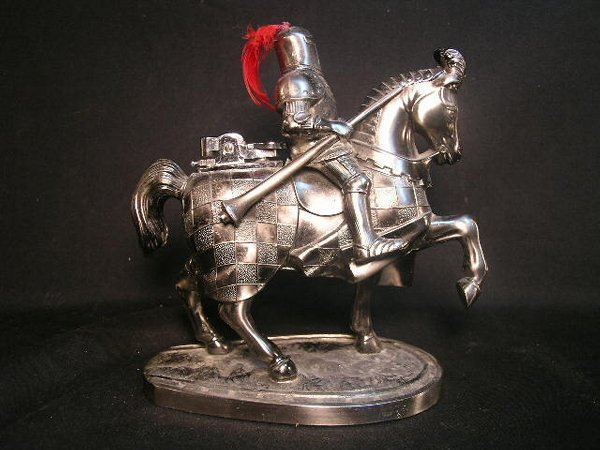 17: FIGURAL LIGHTER KNIGHT ON HORSE