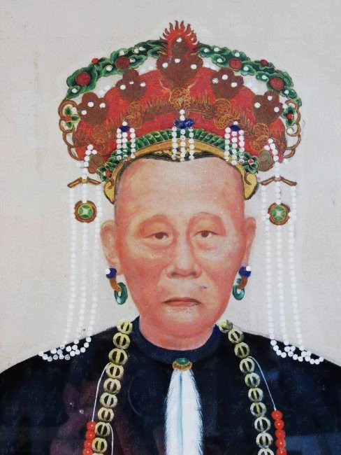 LARGE ANTIQUE CHINESE ANCESTRAL PORTRAIT PAINTING - 3