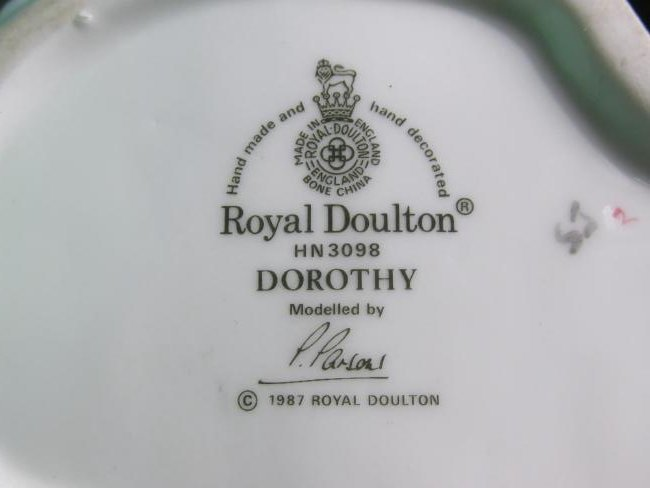 THREE ROYAL DOULTON PORCELAIN FIGURINES - 5