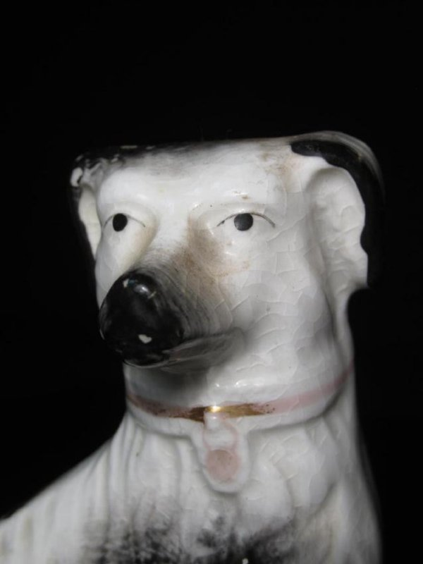 TWO STAFFORDSHIRE PORCELAIN FIGURINES: SPANIELS - 3