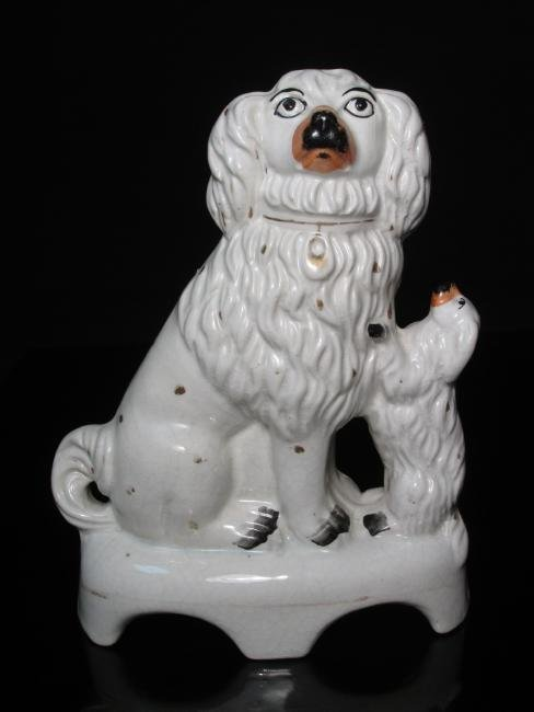 19TH C STAFFORDSHIRE SEATED SPANIEL & PUP