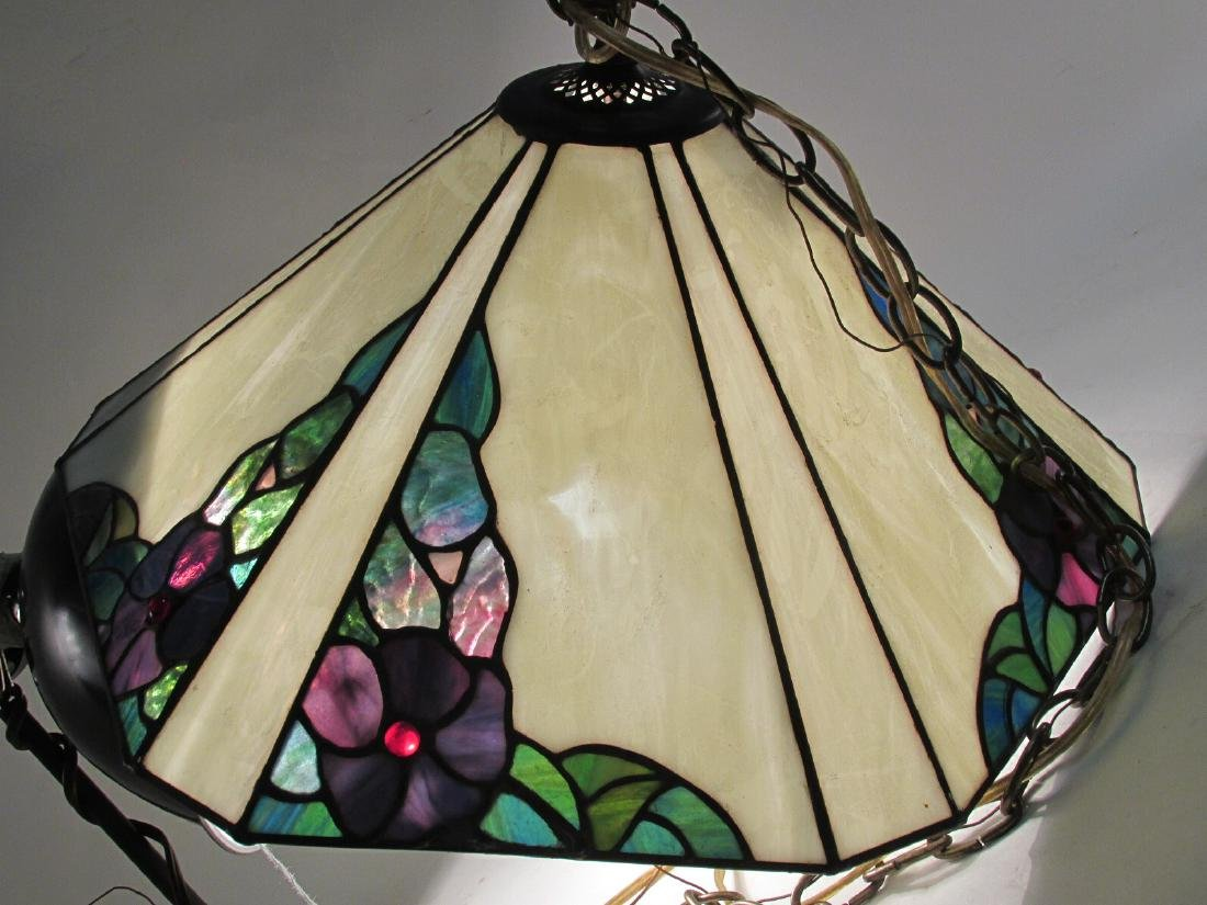 TIFFANY STYLE LEADED GLASS PENDANT STYLE LIGHT - 4