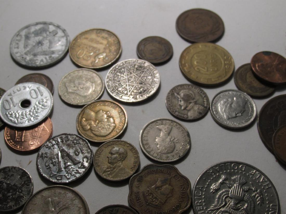 ASSORTED VINTAGE FOREIGN CURRENCY: FRANCS, YEN etc - 9