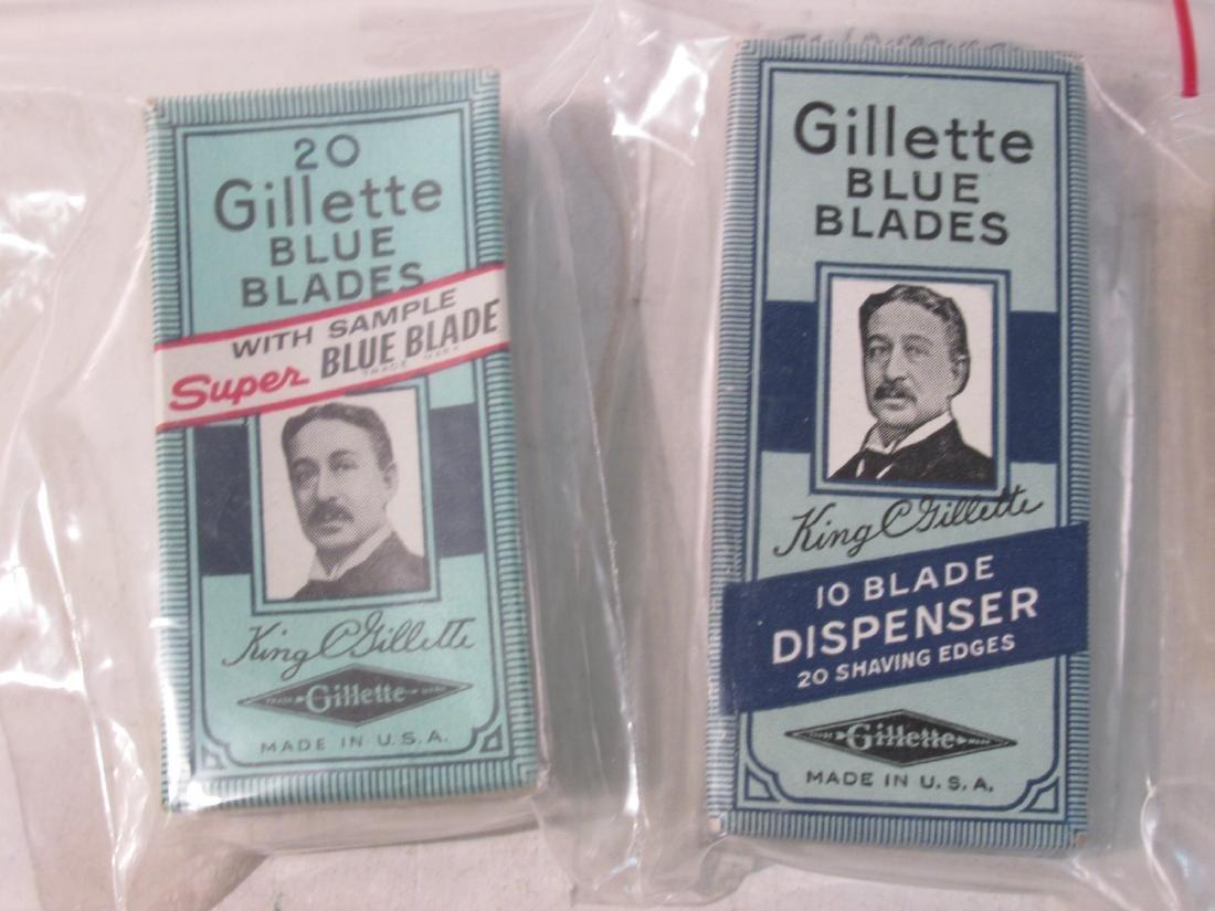 ASSORTED VINTAGE GILLETTE SAFETY RAZOR BLADES - 2