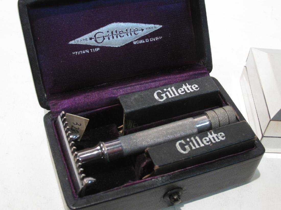 SIX VINTAGE GILLETTE COLLECTABLE SAFETY RAZORS - 6