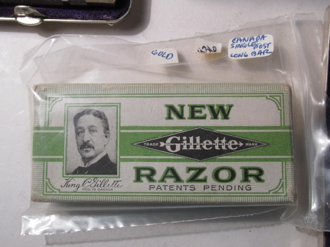 FIVE VINTAGE GILLETTE COLLECTABLE SAFETY RAZORS - 6