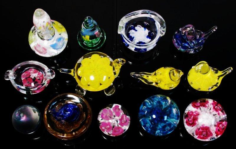 THIRTEEN ART GLASS PAPERWEIGHTS: JOE RICE, ETC.