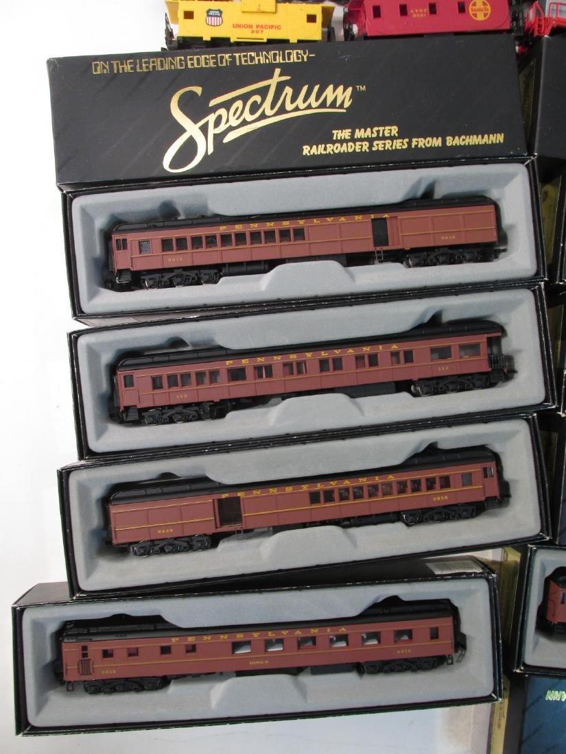 ASSORTED BACHMANN SPECTRUM HO GAUGE MODEL TRAINS - 2