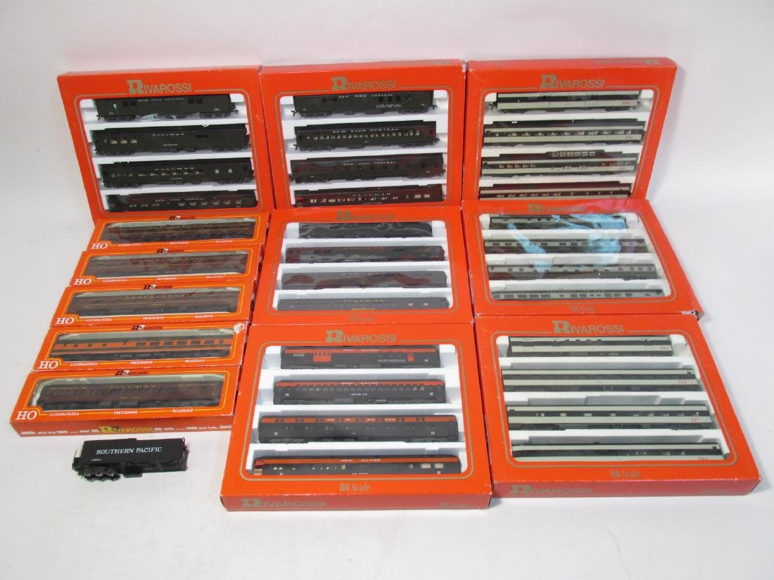 GROUP VINTAGE BOXED RIVAROSSI HO GAUGE SCALE TRAIN