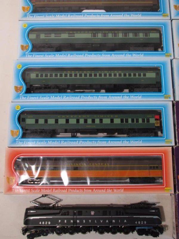 VINTAGE IHC HO GAUGE MODEL SCALE TRAINS - 2