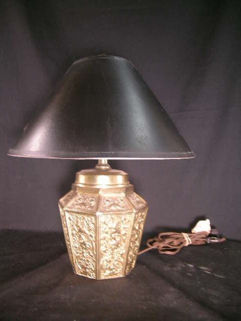 368: EMBOSSED BRASS TABLE LAMP