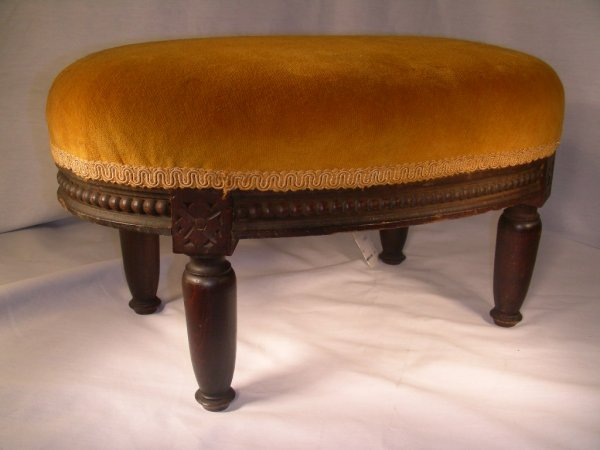417: WALNUT FRAMED SMALL UPHOLSTERED FOOT STOOL